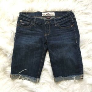 Hollister blue Stretch jeans shorts. EP3-856
